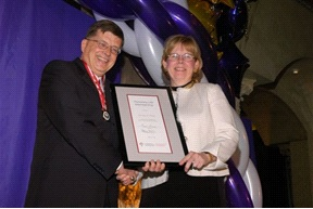 Dr. Dorothy Smith Receives Honorary Life Membership Award From Canadian Pharmacists Association